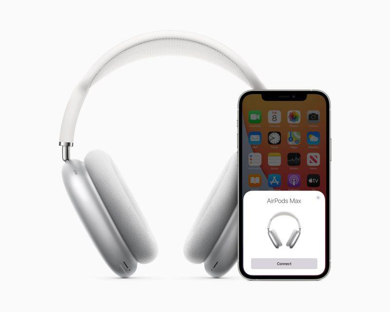 AirPods Max -kuulokkeet yhdistävät samalla tavalla kuin muut AirPods-kuulokkeetkin.