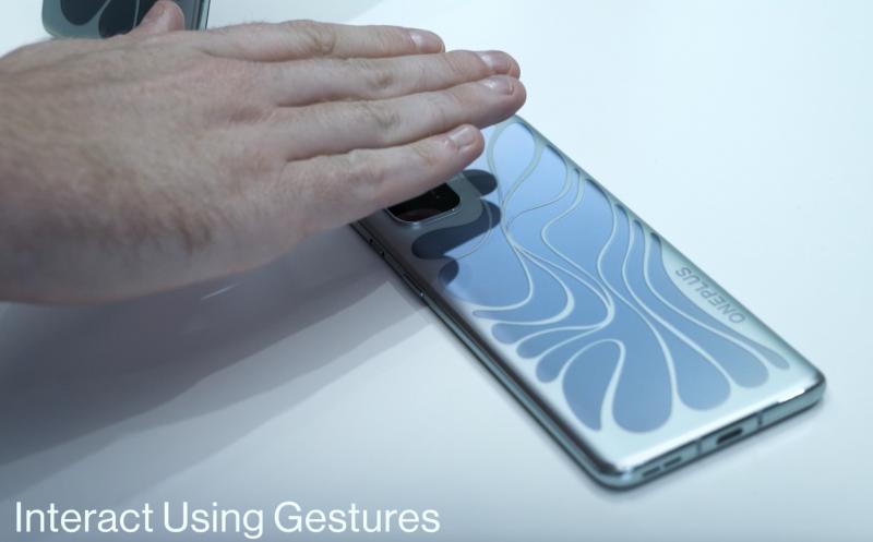 mmWave-moduuli mahdollistaa eleohjauksen ilman kosketusta.