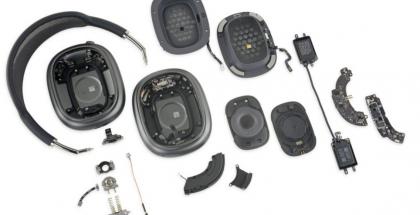AirPods Max -kuulokkeet iFixitin purkamana.