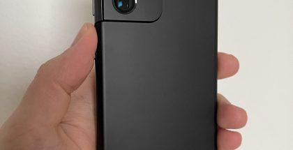 Galaxy S21 Ultra 5G on mustana värivaihtoehtona hillityn tyylikäs.
