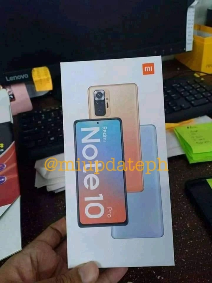 Redmi Note 10 Pron myyntipakkaus.