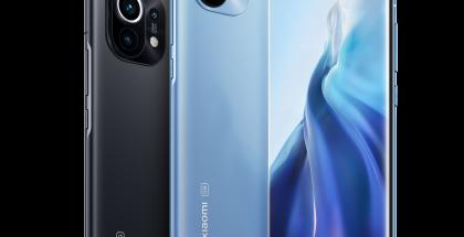 Xiaomi Mi 11, tummanharmaa Midnight Grey ja vaaleansininen Horizon Blue.