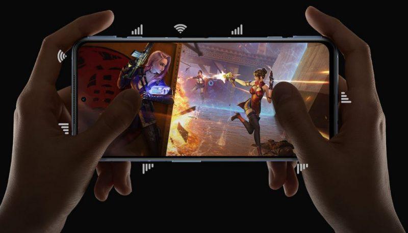 Kyljeltä Black Shark 4 -puhelimista löytyvät olkapainikkeet pelaamiseen.