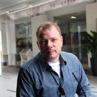Nokia-älytelevisioita ja muita kodin älylaitteita myyvän StreamView'n operatiivinen johtaja Jari Eronen.