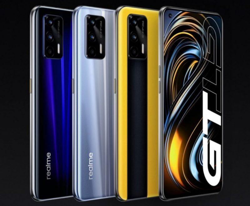 Realme GT 5G eri väreissä.