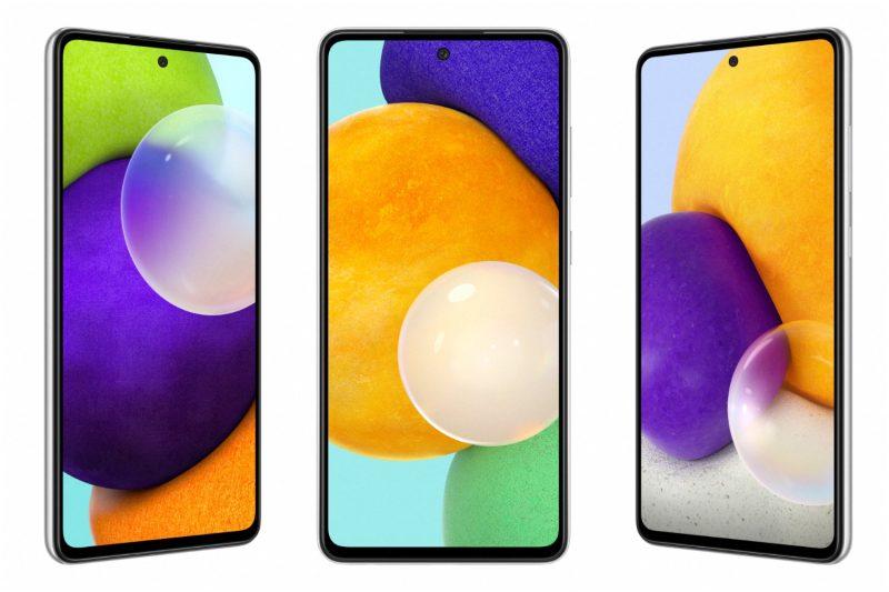 Vasemmalta oikealle Galaxy A52, Galaxy A52 5G ja Galaxy A72. Puhelimet ovat designiltaan hyvin samanlaiset, mutta Galaxy A72 on todellisuudessa hieman suurikokoisempi (näytön koko 6,7 vs. 6,5 tuumaa). Tässä kuvassa puhelimet eivät ole mittakaavassa keskenään.