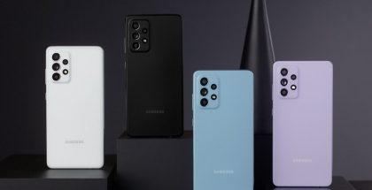 Galaxy A52 5G neljänä värivaihtoehtona.