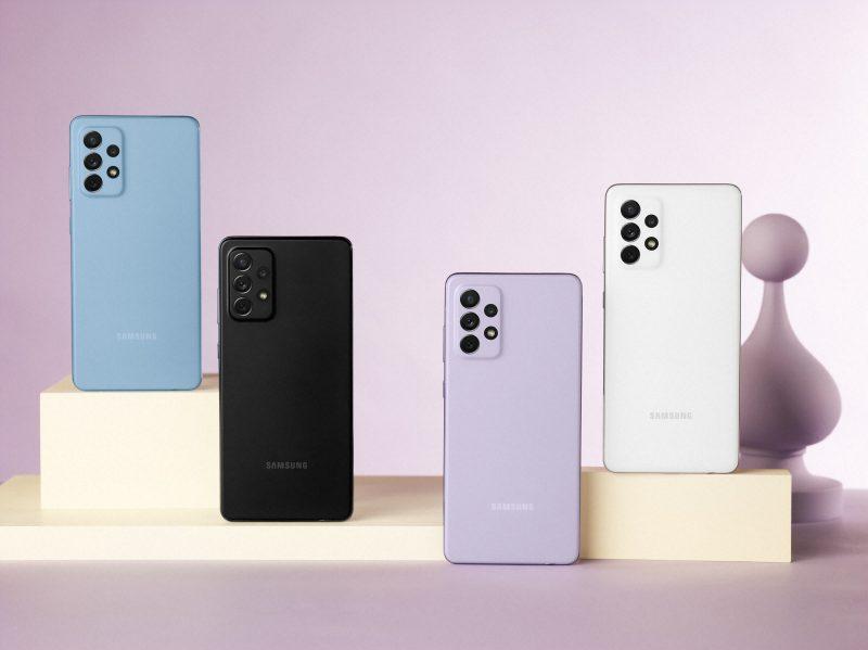 Galaxy A52:n, A52 5G:n ja A72:n neljä värivaihtoehtoa. Kuvassa Galaxy A72.