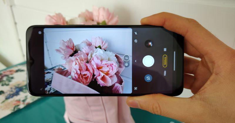 Moto G50:n kameran käyttökokemus on miellyttävän näppärä ja toimiva.