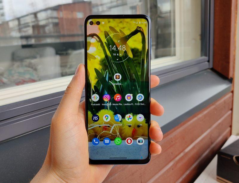 Moto G100 on kookas ja laadukas älypuhelin.