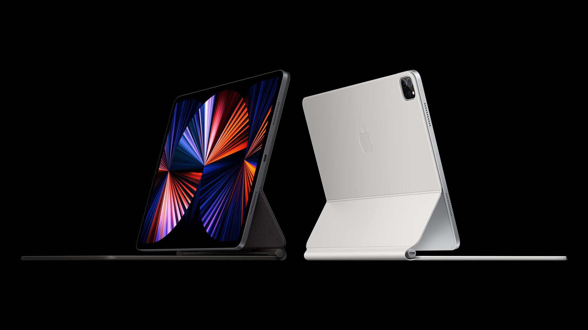 Nykyinen iPad Pro yhdessä Magic Keyboard -näppäimistökuoren kanssa.