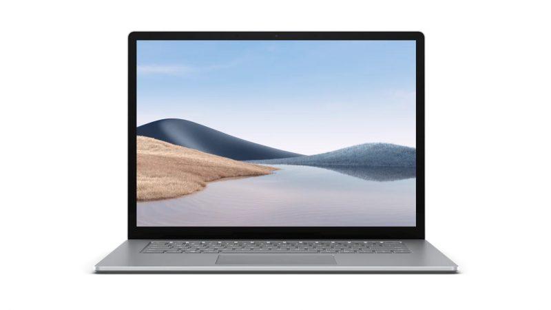 15-tuumainen Surface Laptop 4 on platinavärissään metallipintainen myös näppäimistön ja kosketuslevyn ympäriltä.