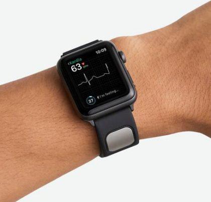 AliveCorin aiemmin myymä KardiaBand-ranneke Apple Watchille.