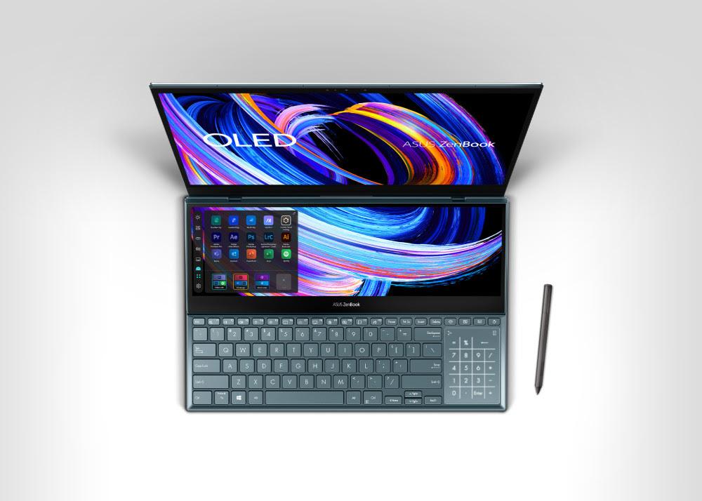ZenBook Pro Duo 15 OLEDin toinen leveä näyttö on kooltaan tuumissa mitattuna 14 tuumaa.