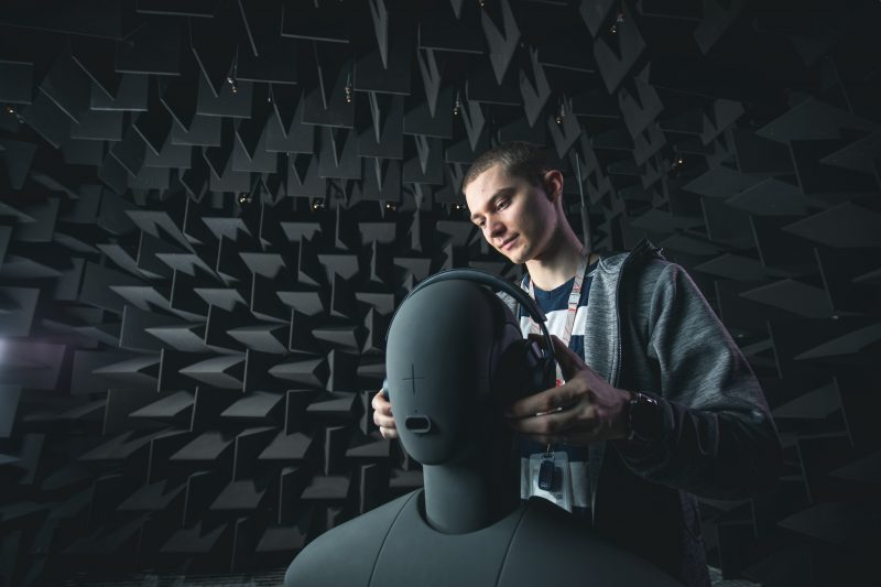 Huawei tekee Suomessa muun muassa audiotestaustyötä.