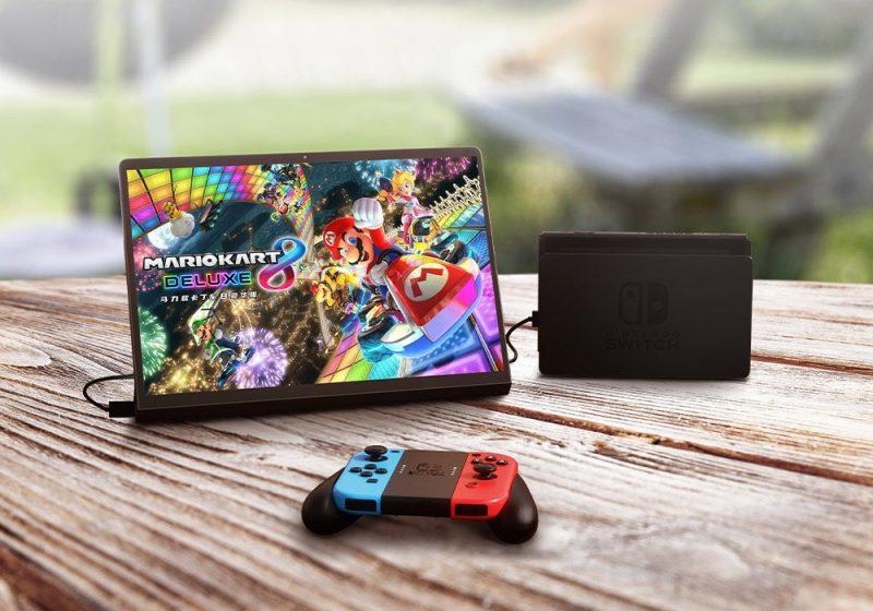 Yoga Pad Pro taipuu vaikka Nintendo Switchin näytöksi.