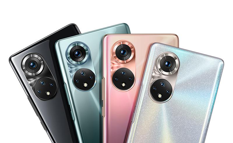 Honor 50 Pro eri väreissä virallisessa kuvassa.