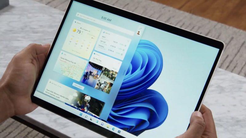 Widget-näkymä Windows 11:llä tablettitilassa.