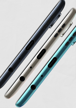 OnePlus Nord CE 5G:ssä on USB-C:n lisäksi 3,5 millimetrin kuulokeliitäntä.