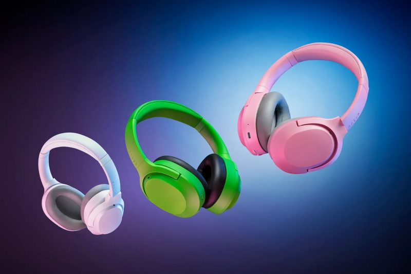 Razer Opus X -kuulokkeiden eri värivaihtoehdot.
