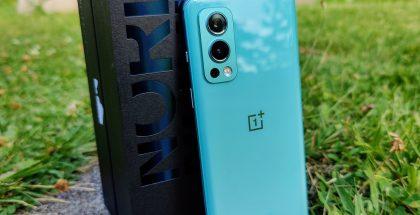 OnePlus Nord 2 5G:ssä on 50 megapikselin pääkamera, 8 megapikselin ultralaajakulmakamera ja 2 megapikselin monokromikamera.