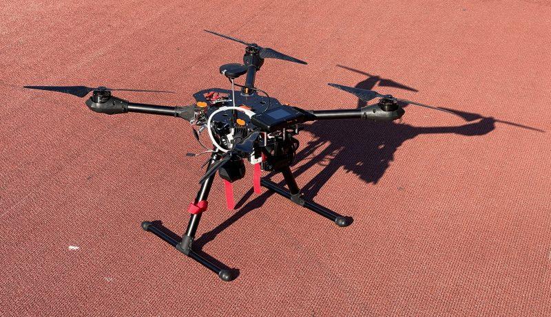 Tällä dronella makkarakuljetus tapahtui.