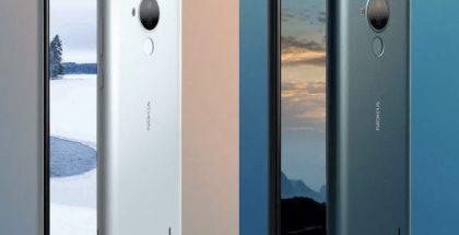 Nokia C30 valkoisena ja vihreänä.