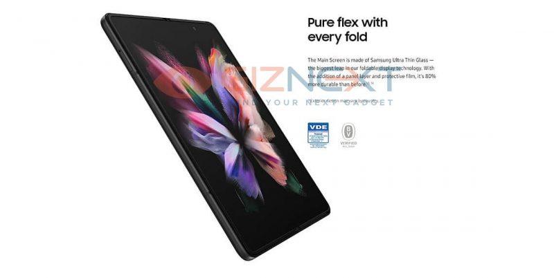 Taittuva sisänäyttö on Galaxy Z Fold3:ssa 80 prosenttia aiempaa kestävämpi. Kuva: GizNext.