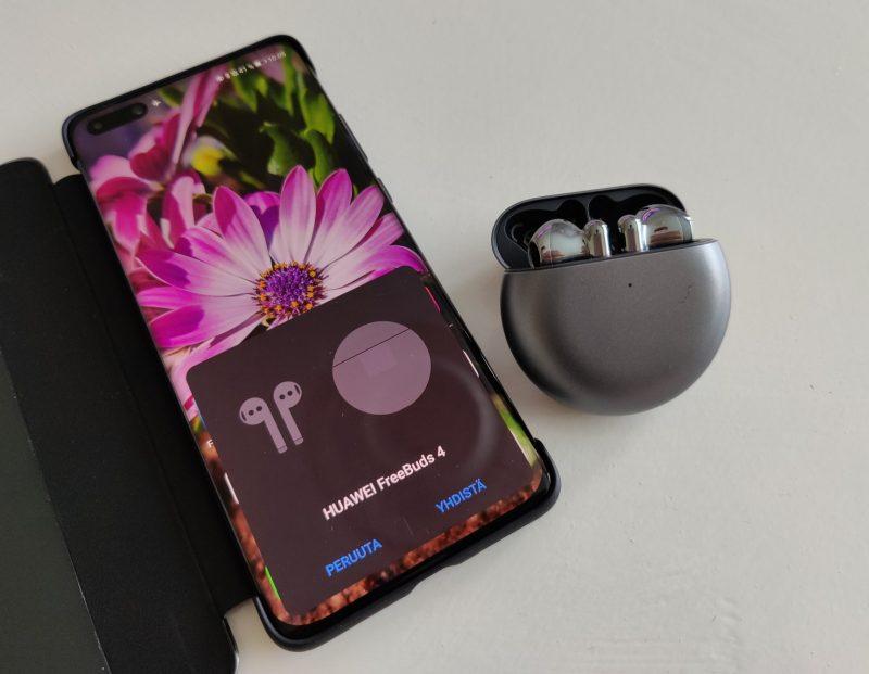 Huawein älypuhelimet tunnistavat automaattisesti FreeBuds 4 -kuulokkeet, mikä nopeuttaa parittamista.