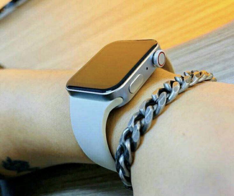 Apple Watch Series 7 -kellon kopio. Kuva: Majin Bu / Twitter.