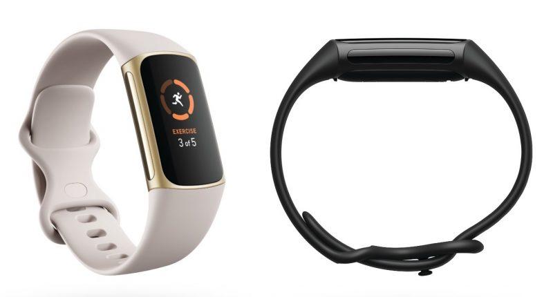 Vasemmalla Fitbit Charge 5, vaalea Lunar White / Gold. Oikealla mustan Fitbit Charge 5:n sivuprofiili.