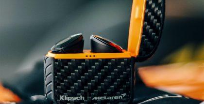 Klipsch T5 II True Wireless ANC -kuulokkeiden McLaren Edition -erikoisversio on viimeistelty hiilikuitutyyliin.