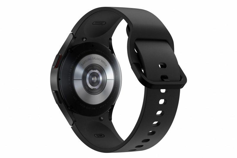 Galaxy Watch4 -kellot sisältävät monipuolisen Samsung BioActive -anturin.