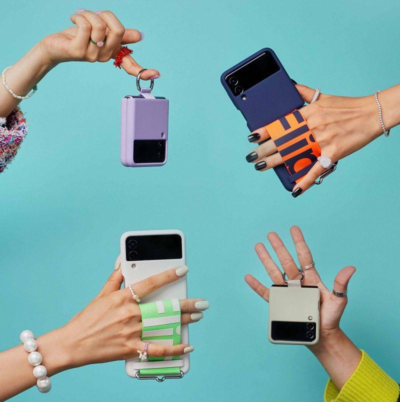 Samsung tarjoaa Galaxy Z Flip3 5G:lle myös monenlaisia, ja varsin erikoisiakin, suojakuoria.