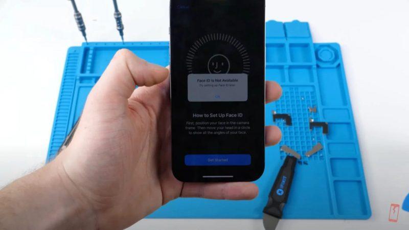 Näytön vaihtaminen iPhone 13 -puhelimeen muussa kuin valtuutetussa huollossa voi johtaa Face ID:n toiminnan lakkaamiseen.