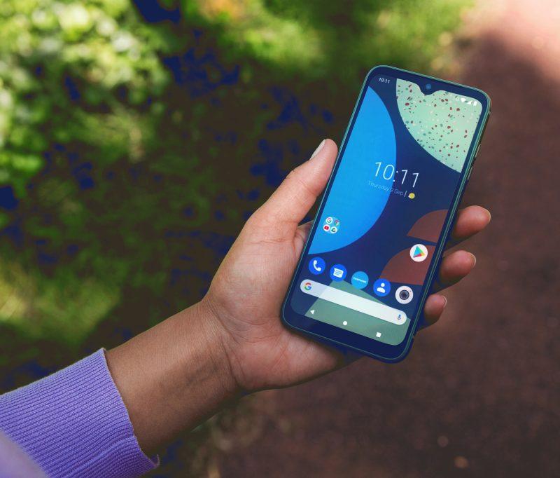 Fairphone 4:ssä on 6,3 tuuman näyttö.