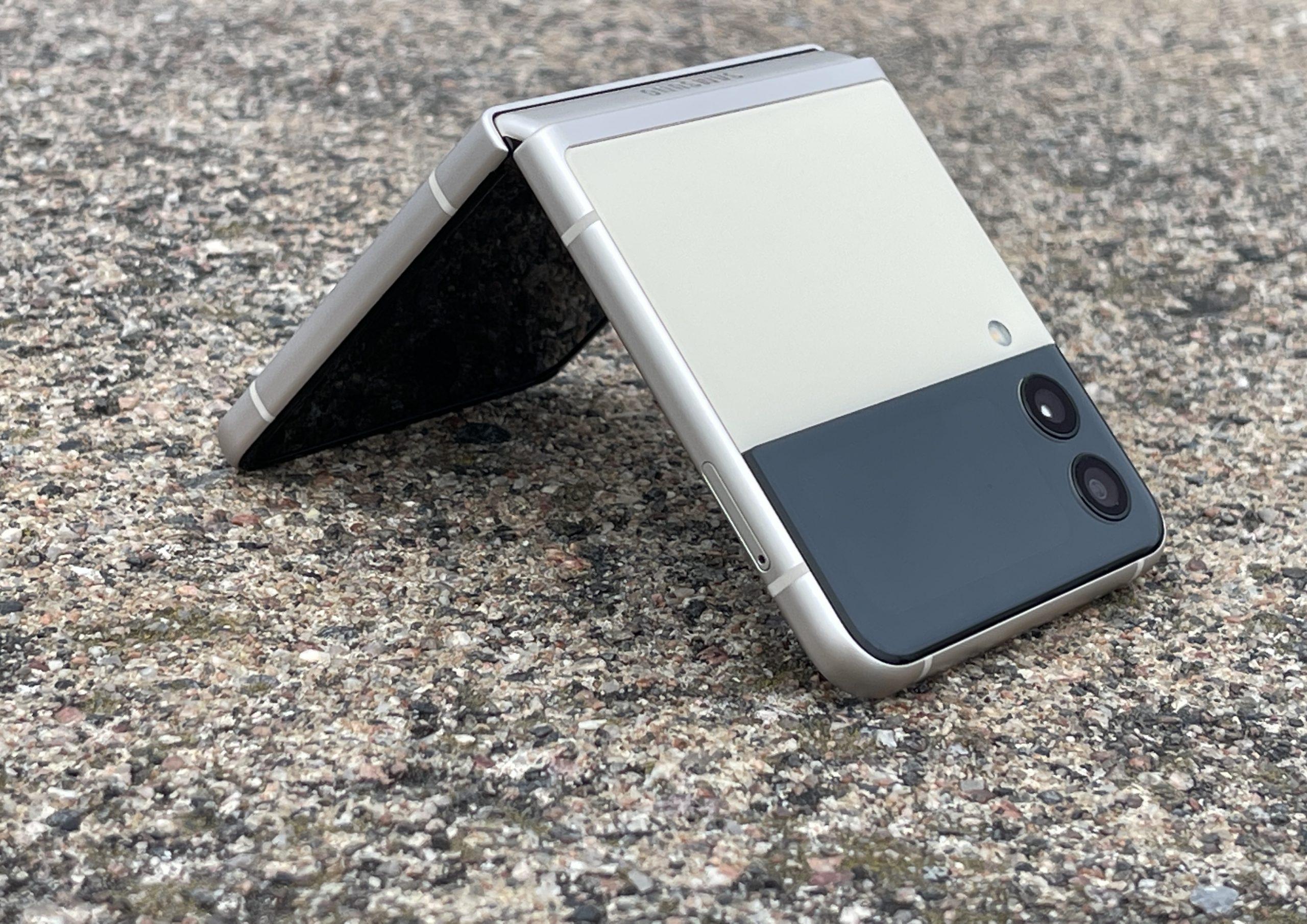 Galaxy Z Flip3 on monin tavoin parempi kuin edeltäjänsä.