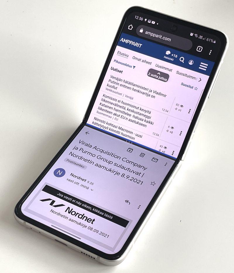 Pitkulaisempi 22:9-kuvasuhde mahdollistaa tavanomaista älypuhelinta paremmin näytön jakamisen kahdelle sovellukselle, kuten tässä ylhäällä Chrome ja alla Gmail.