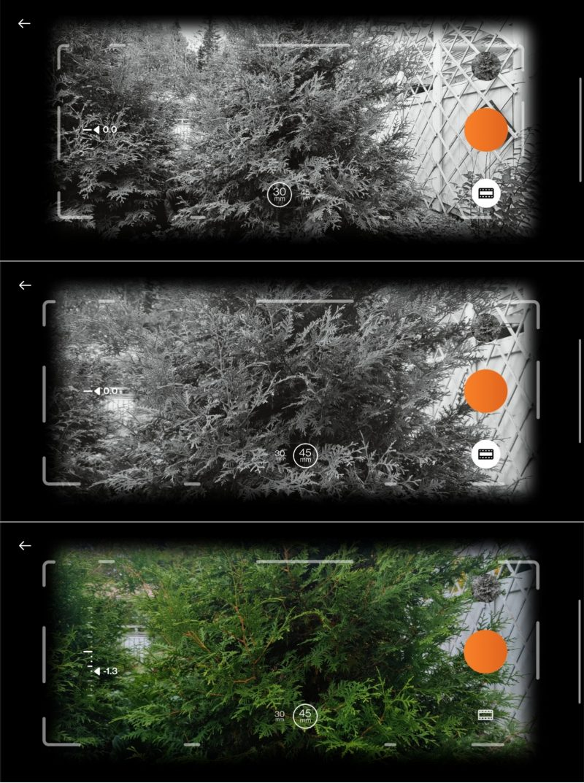 Kuvata voi 30 ja 45 millimetrin polttovälillä, mustavalkoisena ja värillisenä.