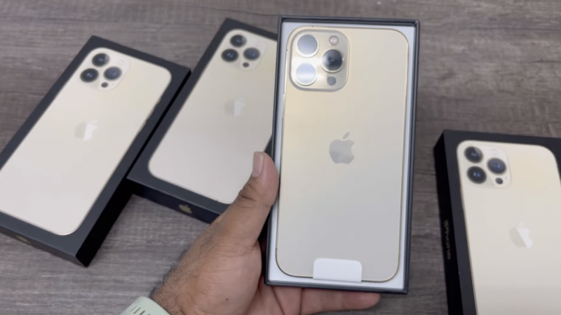 iPhone 13 Pro Max unboxing-videolla.