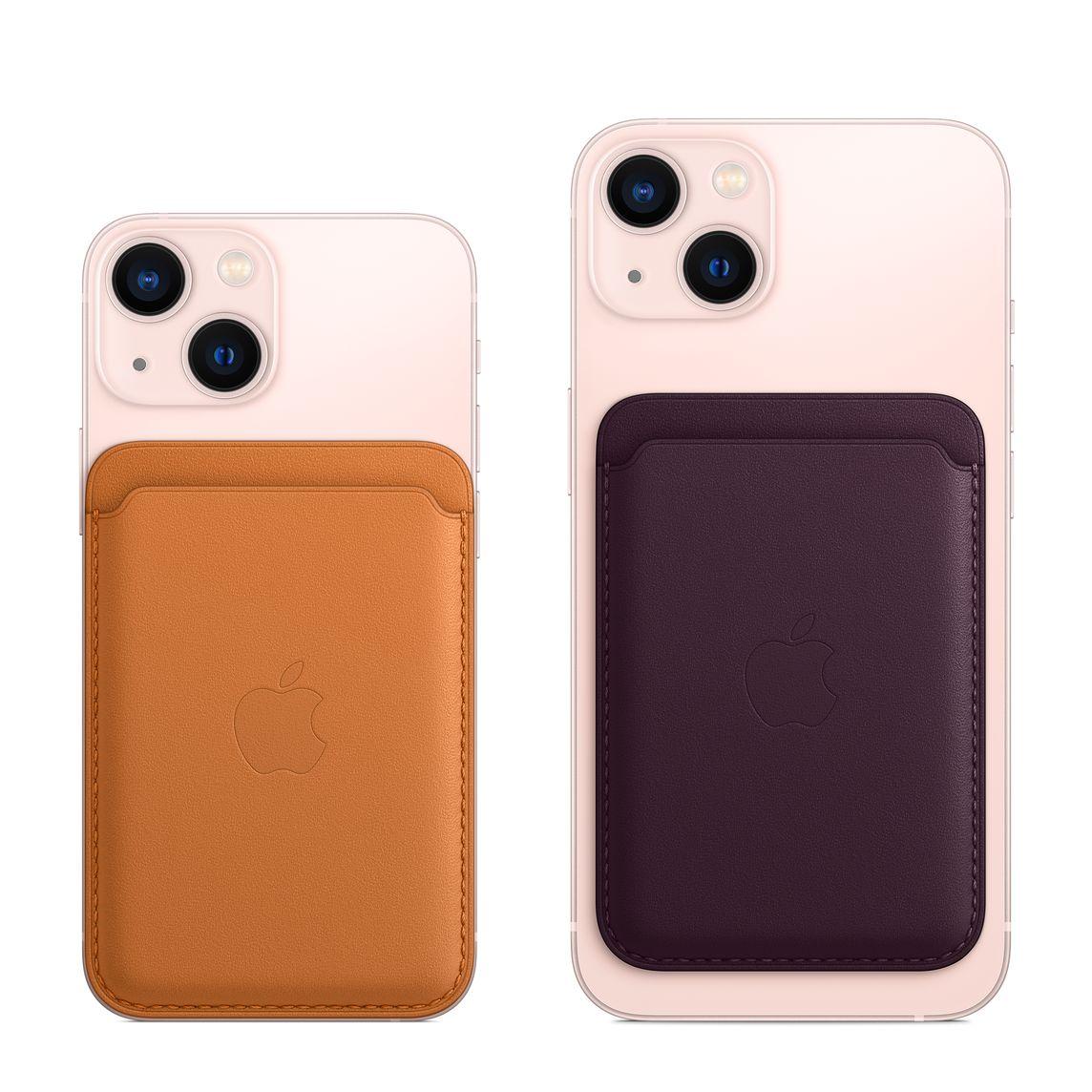 Nahkalompakko iPhone 13 minin ja iPhone 13:n kanssa.