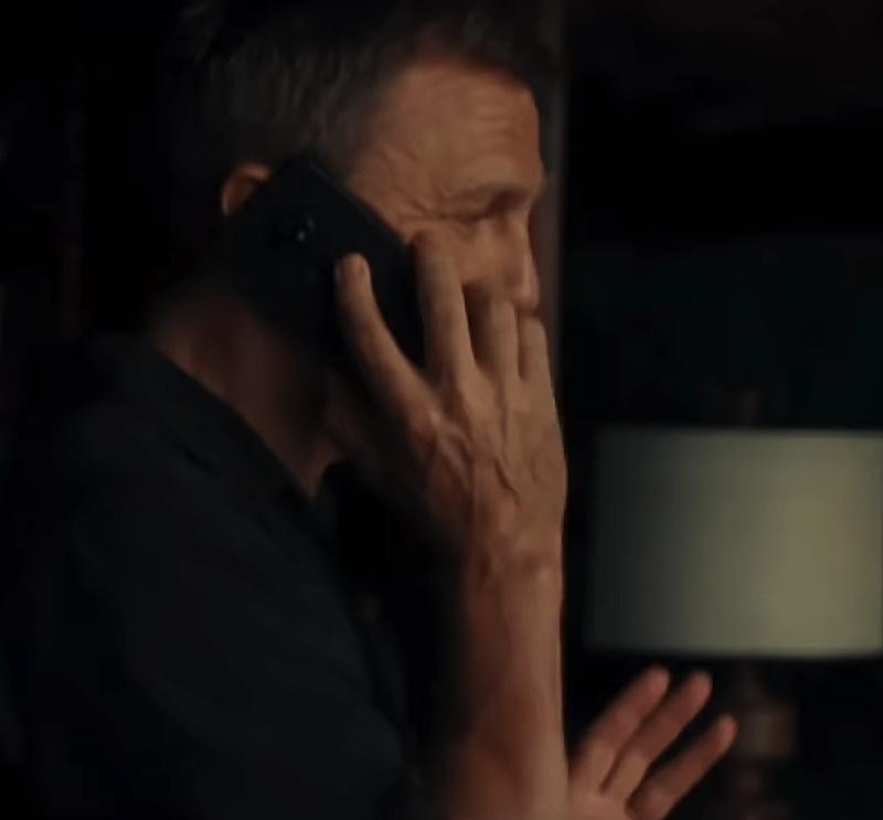 Onko tässä James Bondin korvalla vielä julkistamaton Nokia-älypuhelinmalli?