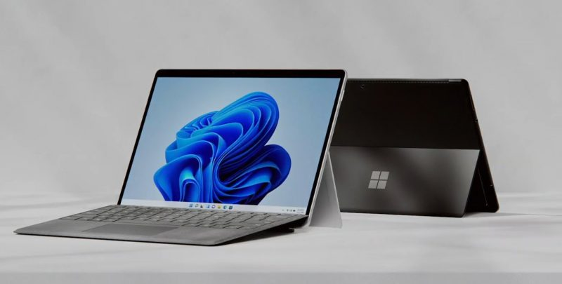 Surface Pro 8.