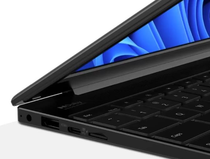 Nokia PureBook S14:n liitäntöjä.