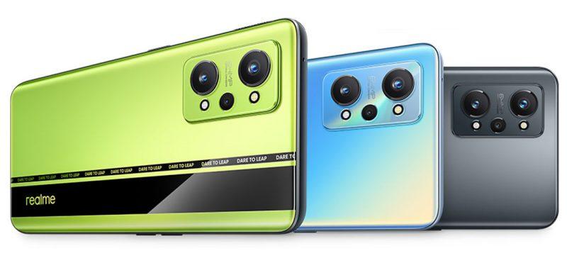 Realme GT Neo2 eri väreissä.