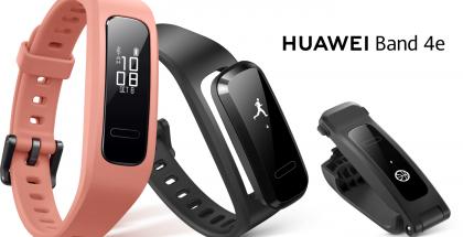 Huawei Band 4e Activen musta ja korallinpunainen värivaihtoehto.